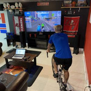 Maxime Lemire à l'entraînement au vélo